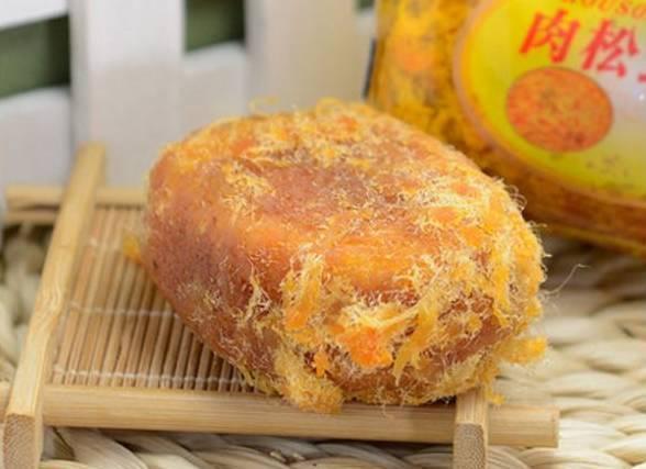 仁怀某面包店被曝棉花是肉松做的?真相只有一宣威白点切开有火腿图片