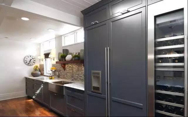 廚房,餐廳,客廳和陽臺,冰箱到底放在哪里好?