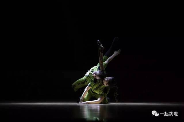 黄河科技学院音乐学院舞蹈系《成长》--影记当代版式v版式现状图片