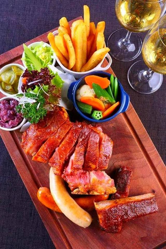 德式菜,菜式都比较粗犷,是肉食者的天堂.图片