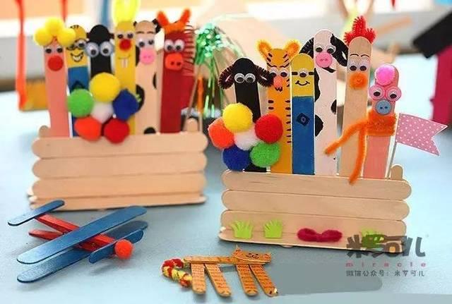 1,小雪花 2,纸筒小动物 材料准备:纸筒,活动眼睛,彩色卡纸,扭扭棒
