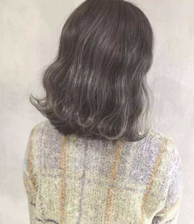 齐肩发烫发推荐,青春可爱风的水波纹卷发!
