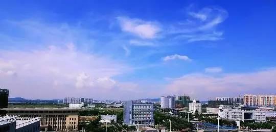 武汉汉南经济总量_武汉汉南二中