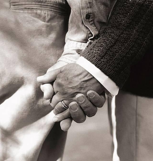 她爱了这个中国男人一辈子:第一眼看到你,余生都是你图片
