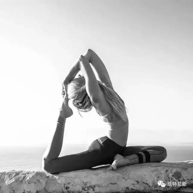 腰椎理疗体式图片【相关词_ 腰椎理疗瑜伽体式】图片