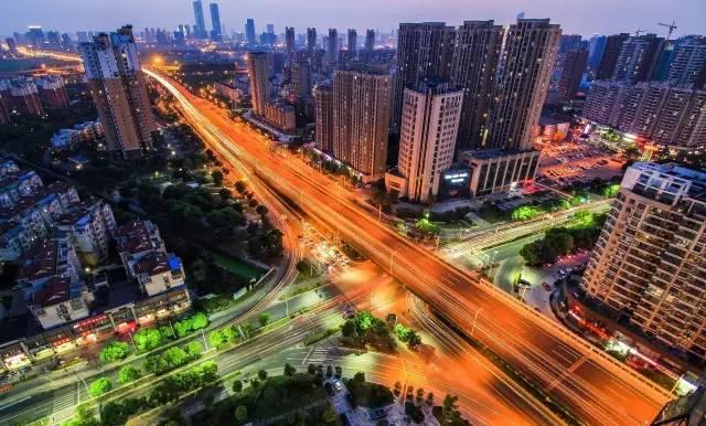 武汉无锡gdp_无锡火车站图片