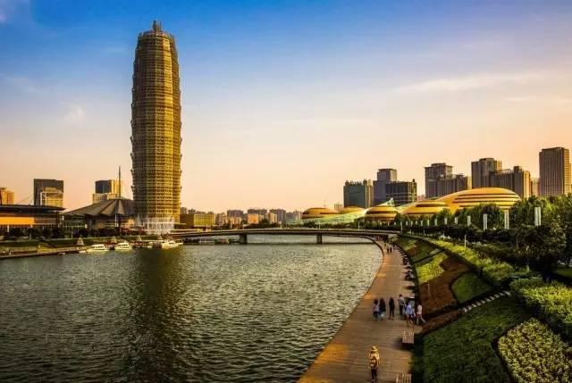 郑州经济总量何时出来_郑州东站