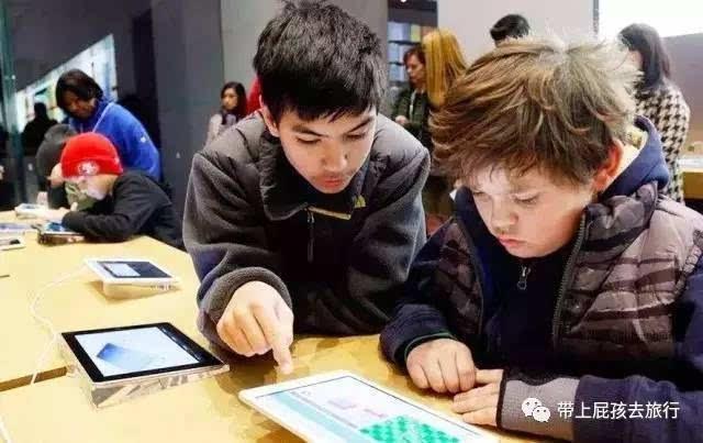 2017年夏天,在儿童编程教育走在前列的天才密码,针对5—15岁的孩子