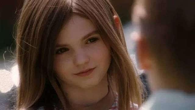成人黄色电影家庭片_没想到,到了八年级,布莱斯开始觉得朱莉不同寻常的兴趣和对于家庭的