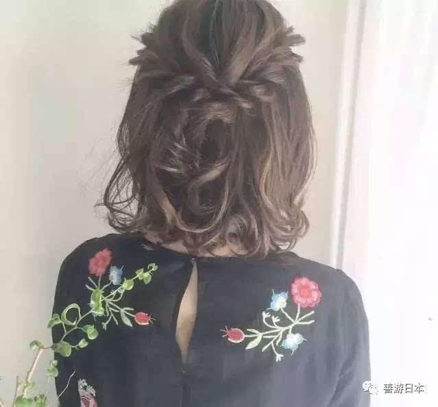 视频|日本发型师教你 简简单单完成可爱蓬松编发!