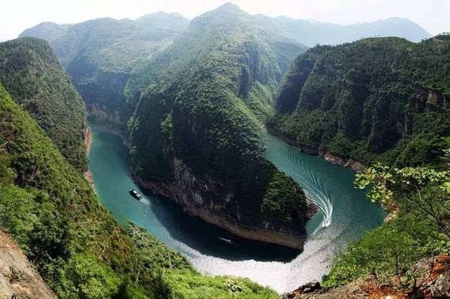 广西平乐长滩桃花岛