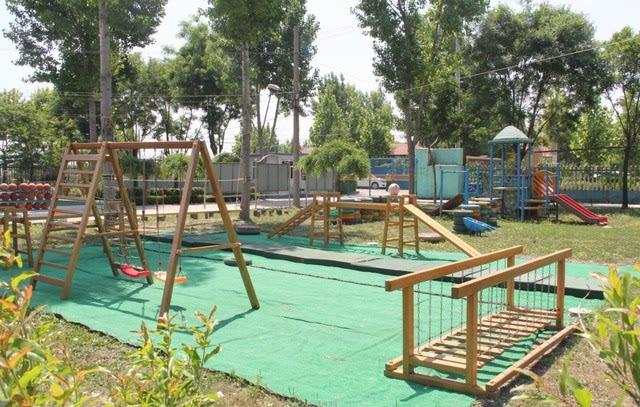 """朱台镇宁王幼儿园以""""热爱幼儿,快乐工作""""为办园理念,不断改善和提高"""