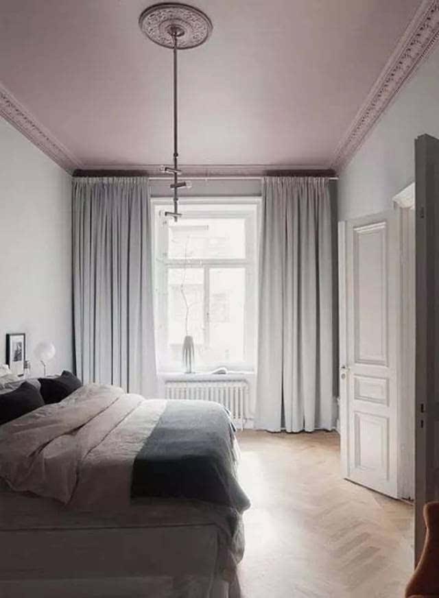 弧形墙面使用石膏线,天花更好处理.图片