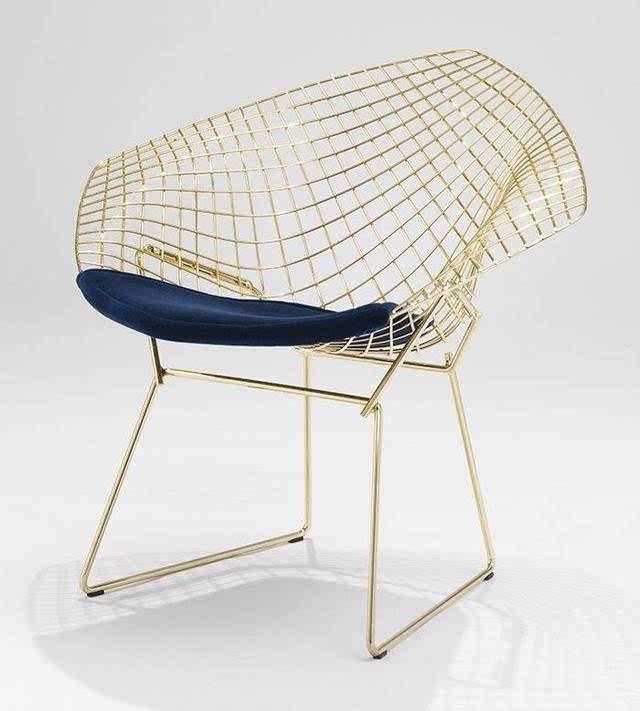 客厅中的钻石椅子,百搭又任性