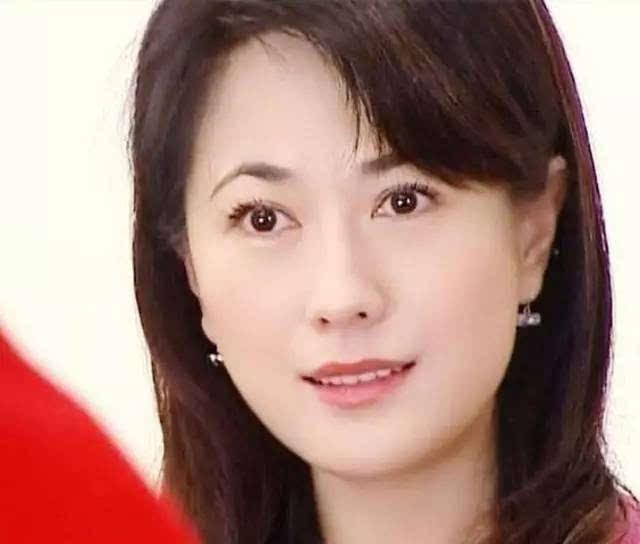 台湾羽欲女人_她是台湾最美的女人,两度嫁入豪门无果,却活出了潇洒人生