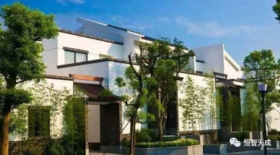 一般采用钢筋混凝土结构或钢结构组成框架,用于大跨度的建筑和高层