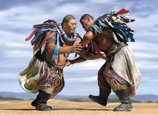 我从新疆来——蒙古族姑娘乌仁