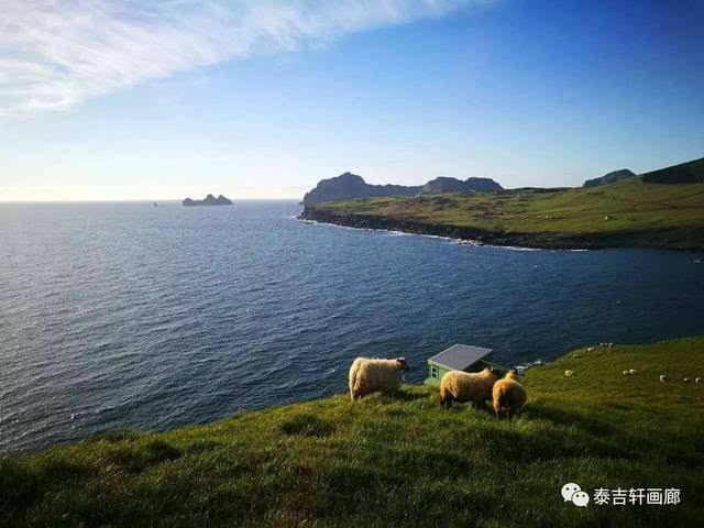 而韦斯特曼纳群岛则是冰岛地质最为活跃的地方.