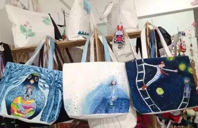 """周末时光   diy手绘帆布包,把你的幸福""""袋""""回家!"""