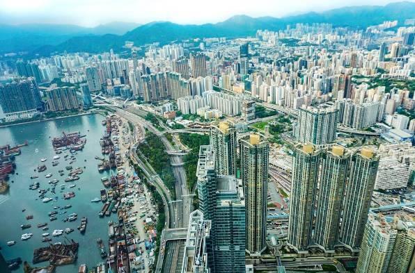日景壮观 从著名的维多利亚港,九龙到香港岛,最美的天际线,繁华的市景