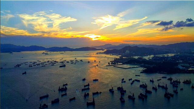 日景壮观 从著名的维多利亚港,九龙到香港岛,最美的天际线,繁华的市