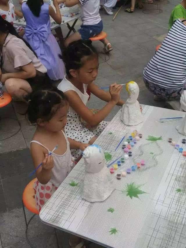 手绘石膏diy,亲子手工课堂—陪孩子一起度过美好时光