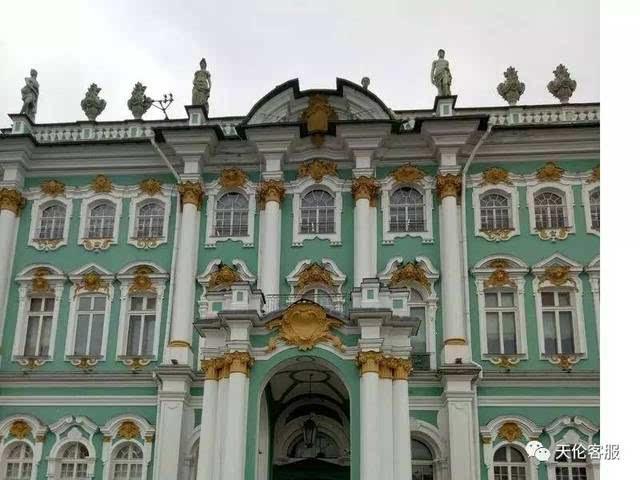 冬宫 (winter palace)坐落在圣彼得堡宫殿广场上,原为俄国沙皇的皇宫图片