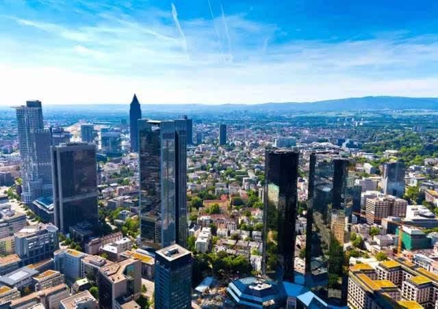法兰克福经济总量多少_经济发展图片