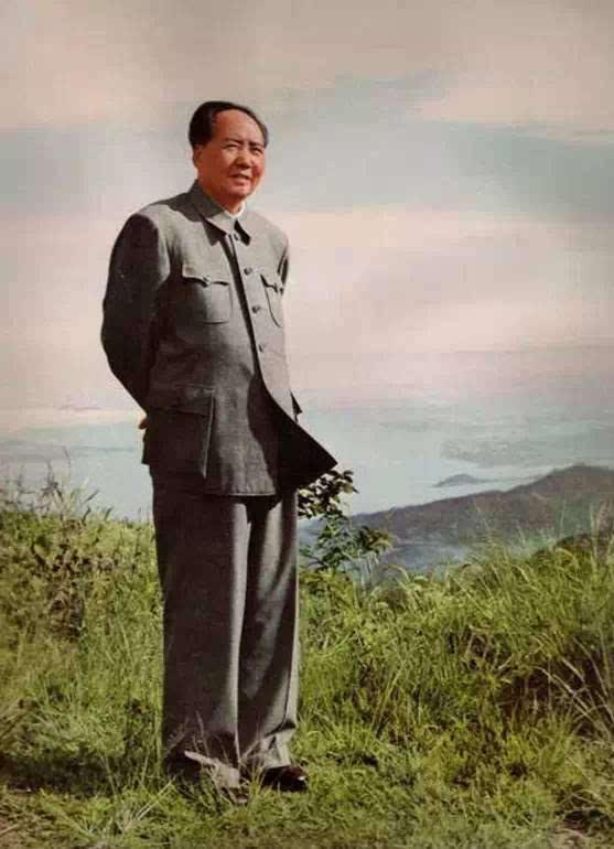 一套你没看过的毛主席照片再现伟人风采!