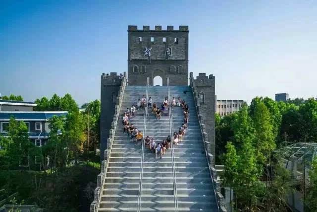 武汉生物工程学院�9.�_中国青年报:武汉生物工程学院校友会欢迎历届校友回家