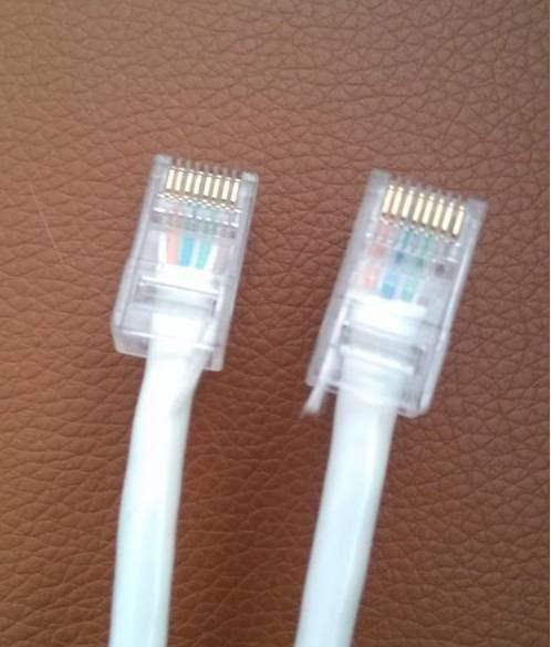可以使用的网线,将测线器两端各接水晶头,两端接如果亮的顺序一致即可