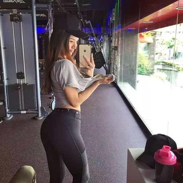 波多野咻狠射_台湾的咻女神,告诉你去健身房练臀才是正经事