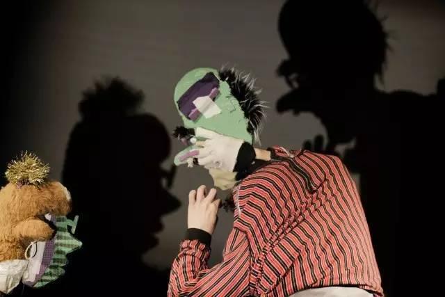 十月| 加拿大创意装置手影剧《影子梦工场》