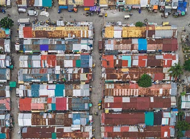 最拥挤贫民窟 人口密度是曼哈顿3倍