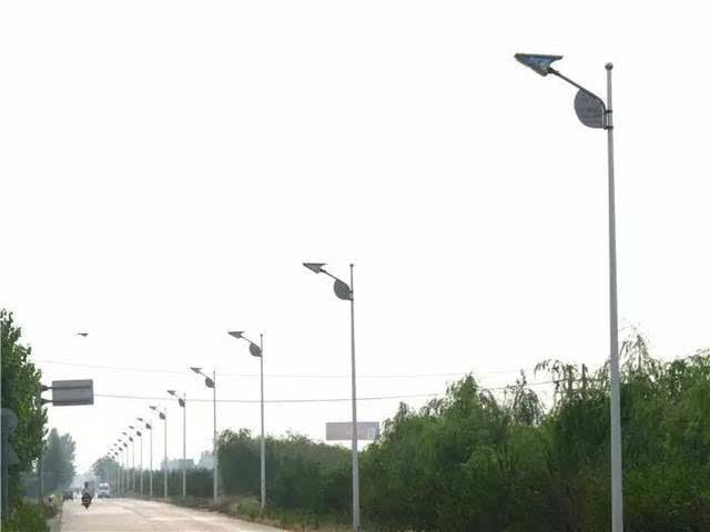 中埠镇农村太阳能路灯图片