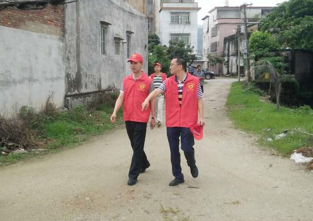 金和镇_县人大常委会副主任李文虹,县政协副主席林新宏等领导到金和镇督导创