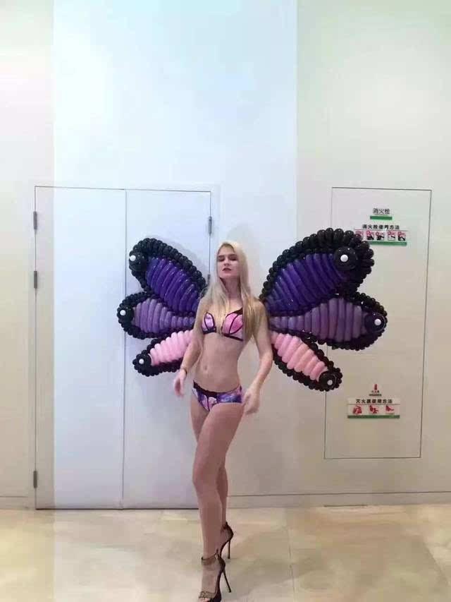 美女气球翅膀维密秀