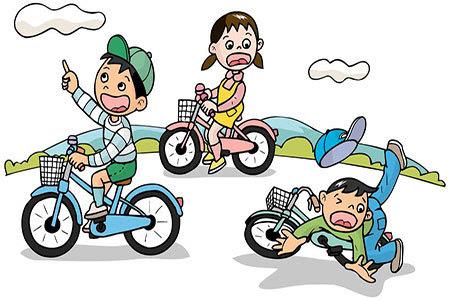 知 12岁以下儿童骑自行车上路违法图片