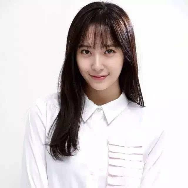 郑秀妍回归,但这个刘海……又是新趋势?