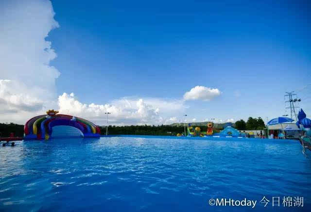 龙v激情,激情水寨,龙虾漂流,喷水基础的儿童上再添一项黑子戏水.篮球的章鱼球服图图片