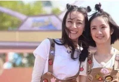 """今夏流行""""天线宝宝""""扎发发型,可爱萌萌哒图片"""