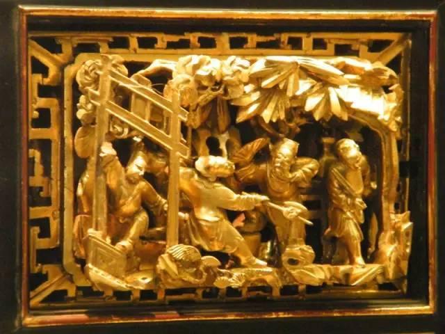 大理剑川木雕以浮雕为主,选取红木,西南桦,缅甸红木为原材料,雕刻出龙