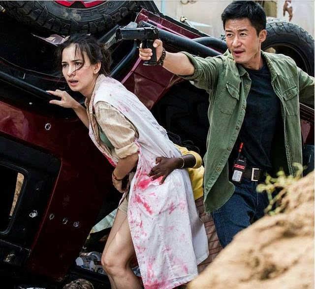 2017年,在吴京《战狼2》中再次电影电影,出演女一号.阿拉丁是谁演的搭档图片