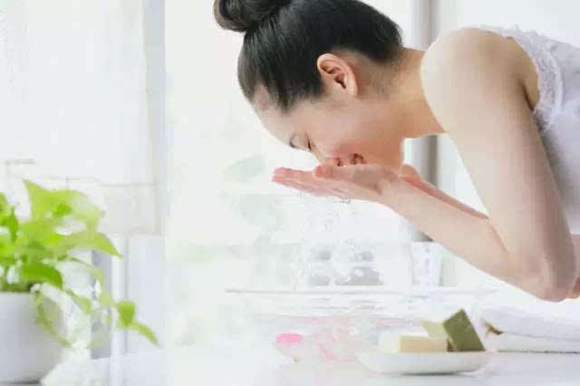 日本挨饿的肌断食,好的瘦脸居然靠流行?肌肤针7天还是肿图片