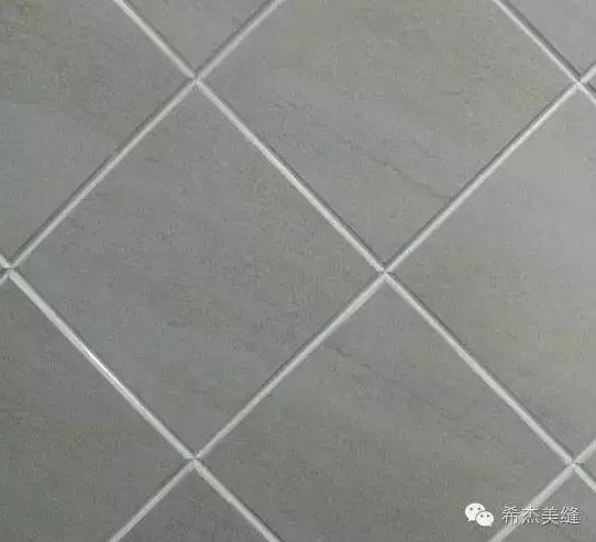 所以好的美缝剂颜色必定是自然细腻的,能与地板很好地契合,增加居室的