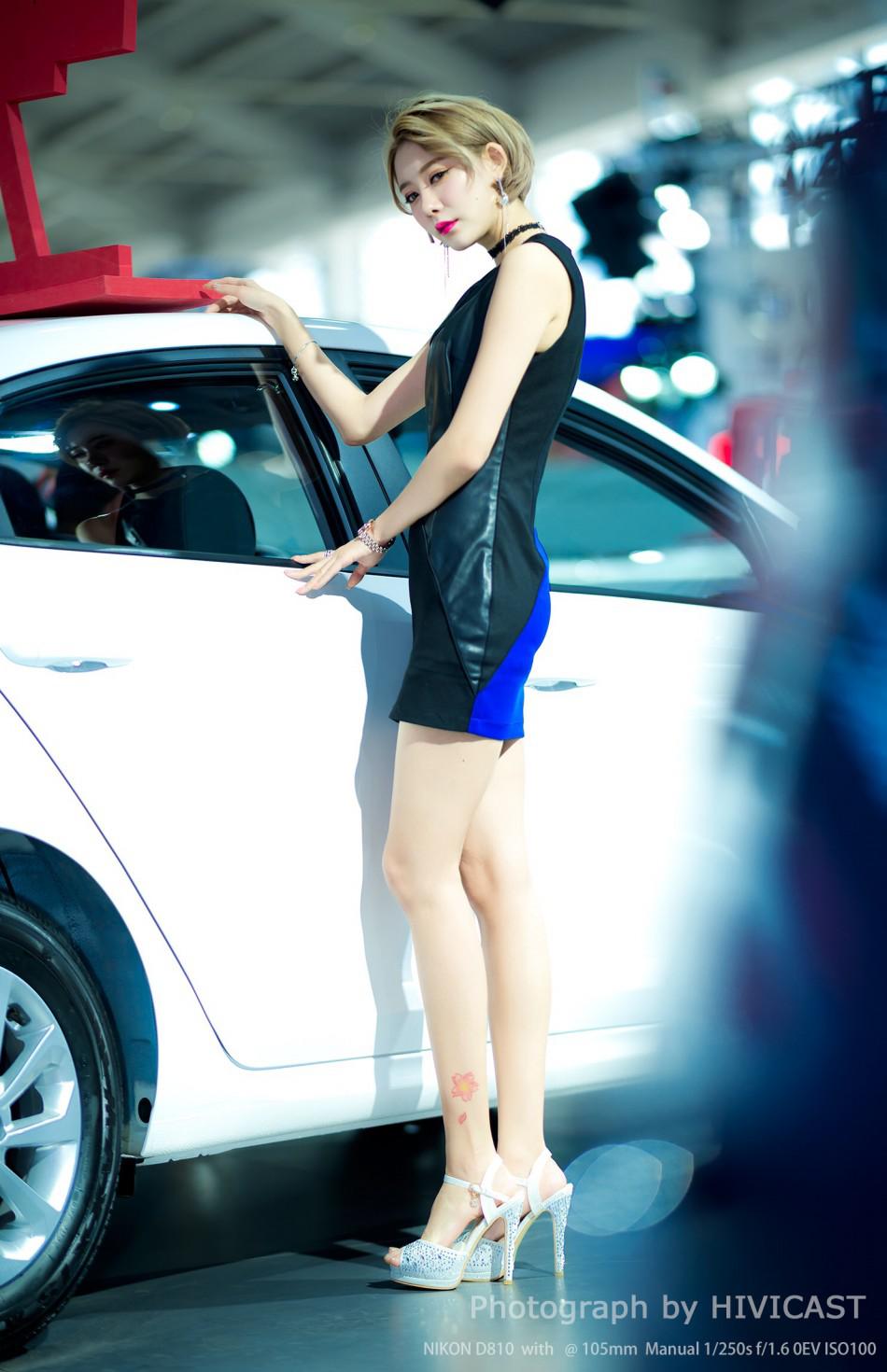 2017沈阳国际车展|美女模特风采图片