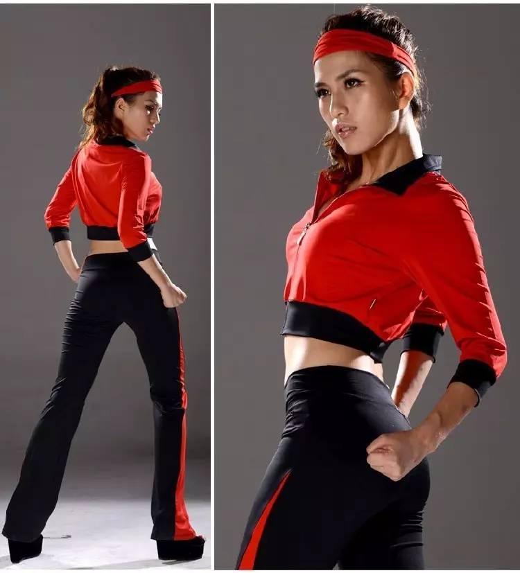 健美人体艺术_专心起舞,塑造出各类美的姿态,美的造型,达到体育与艺术,提高人体的协