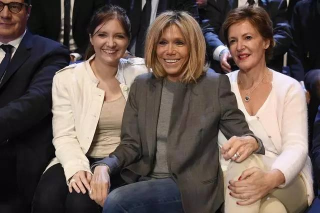 法国新任总统和64岁的妻子有小孩吗图片