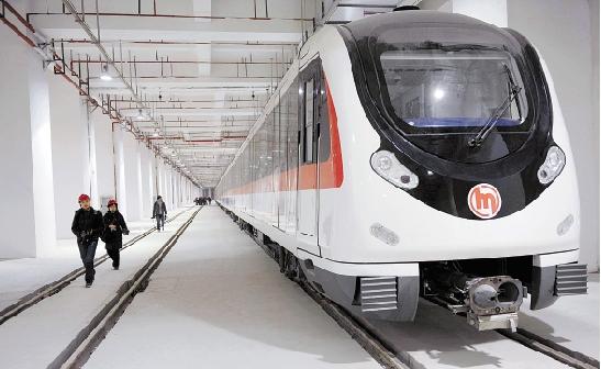 答:20000-30000差价比较多,现在杭州地铁建设加速,地铁房选择很多.