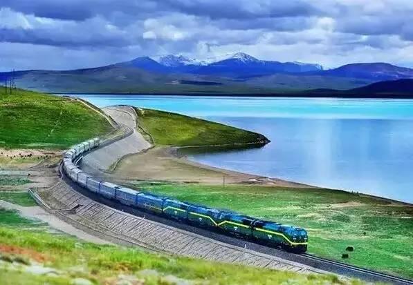 更是沿途的风景 那些风景奇绝的火车旅行线路